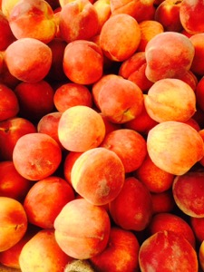 peaches lots of